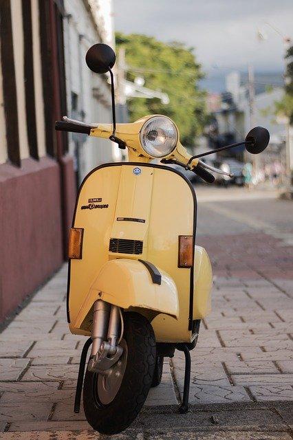 Comment faire pour conduire un scooter sans BSR